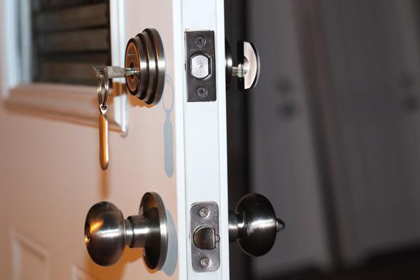 Замки для дверей. Выбор с точки зрения функциональности и конструкции